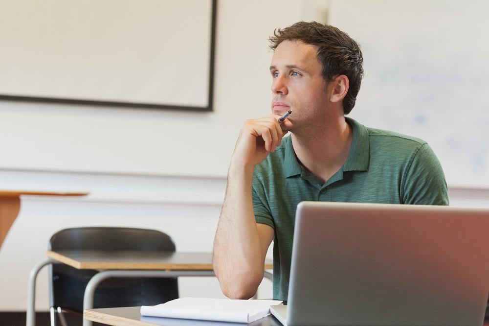 Minimizing Online Students' Transactional Distance to Maximize Value