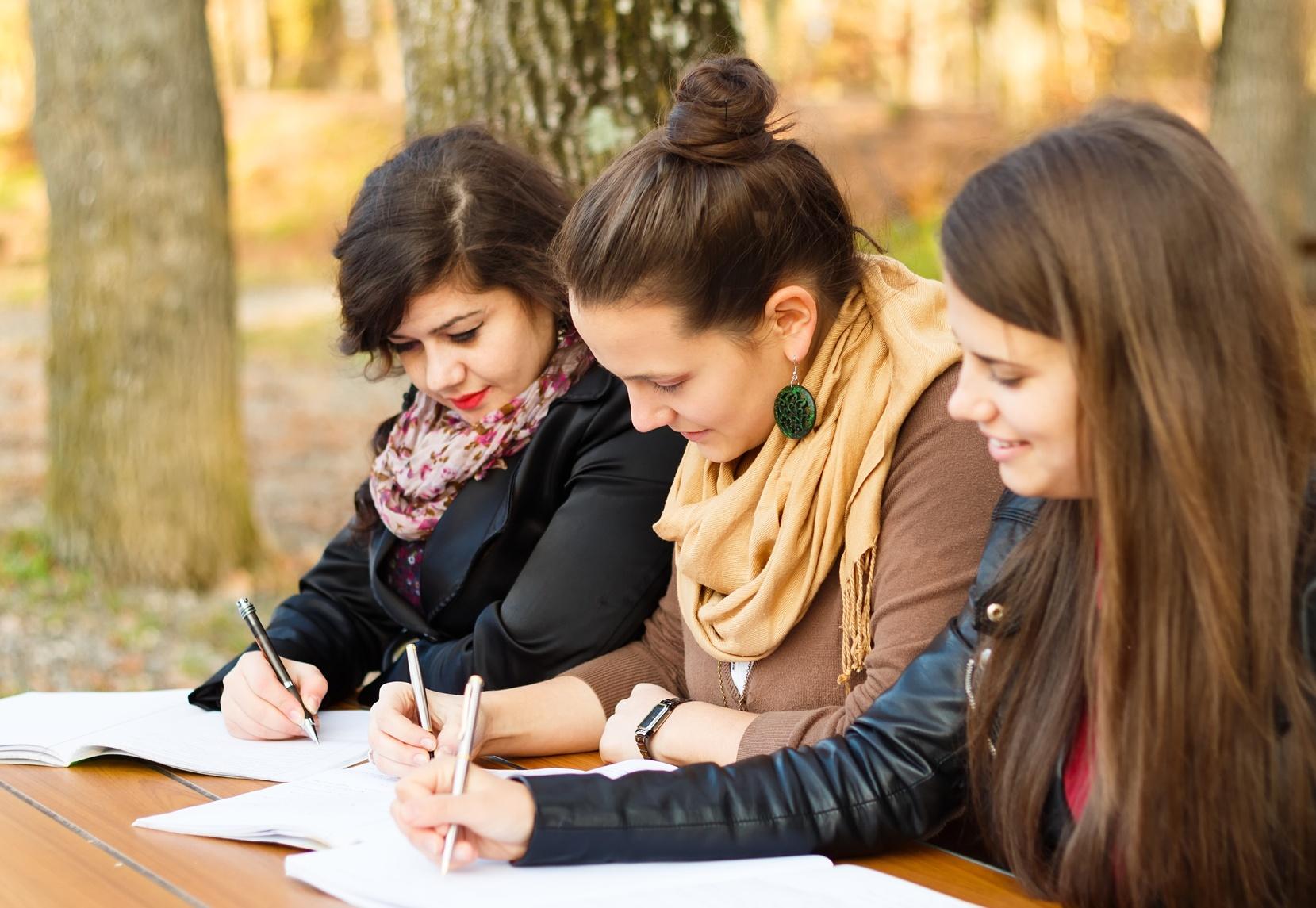 Global Freshman Academy: Creating Access and Overcoming Early MOOC Setbacks