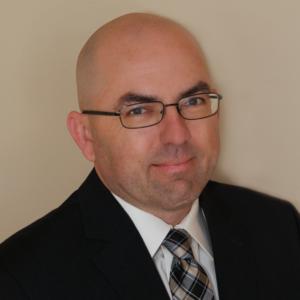Lige Hensley   Founder and CEO, Invoke Learning